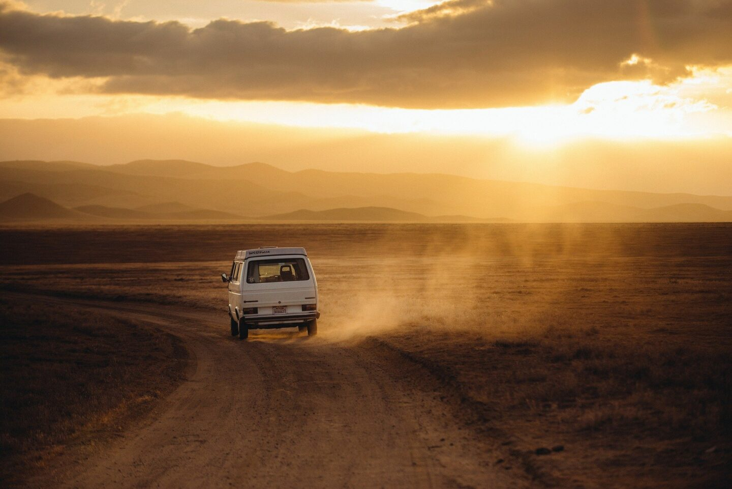 Why Road Trips Should Become a Travel Staple